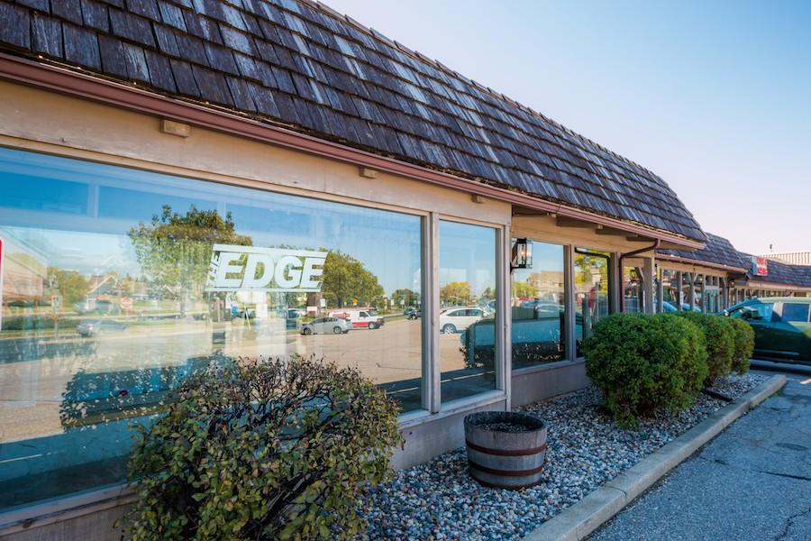 Edge Nutrition  is located in Chanhassen off of Highway 5