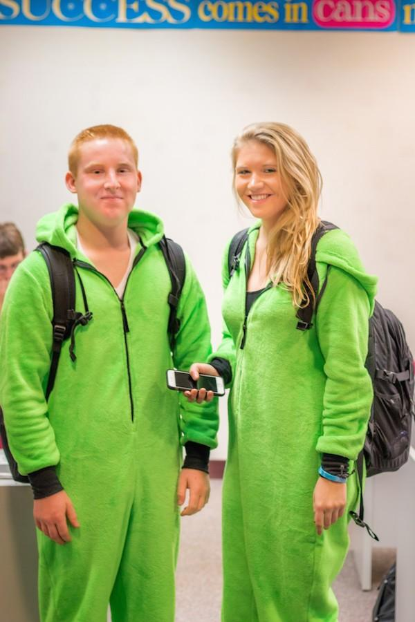 Homecoming Spirit: Twin Thursday
