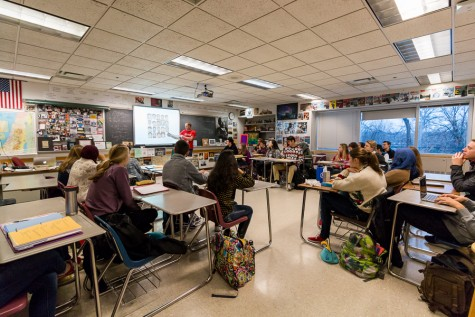 EPHS Students enjoy the Middle Eastern Crisis and Conflict class