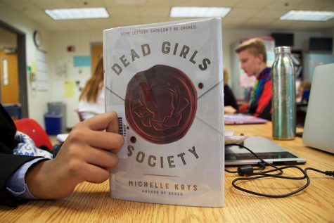 """Breakfast Club"" meets ""Thirteen Reasons Why"": ""Dead Girls Society"" book review"
